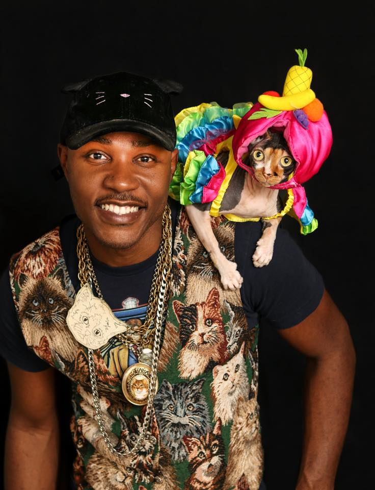 Music Fun Under the Sun: Moshow the Cat Rapper